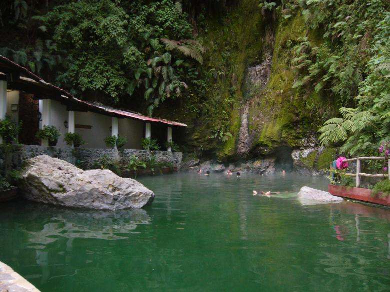 Georginas Hot Springs