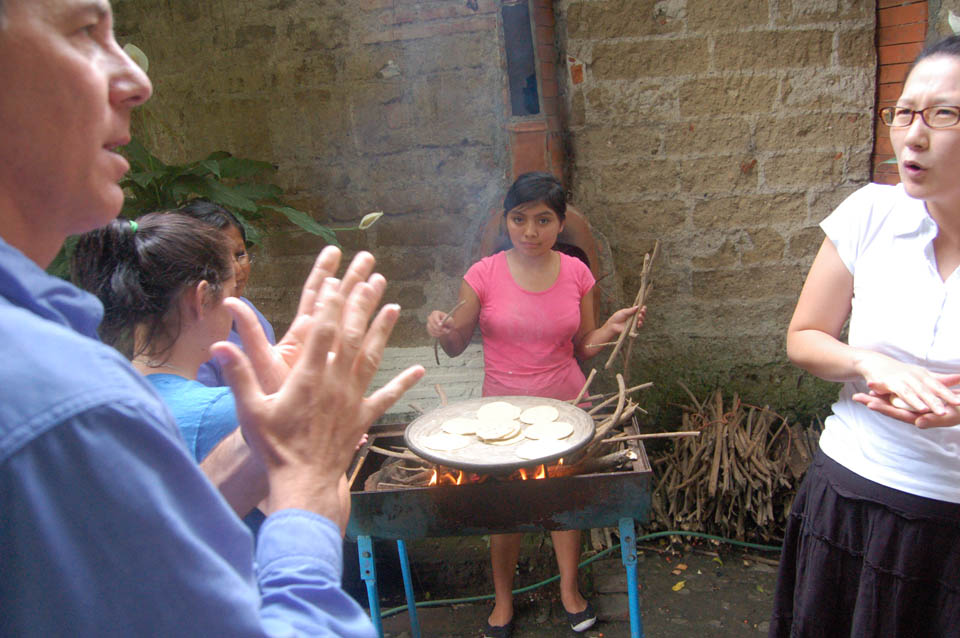 The art of making tortillas