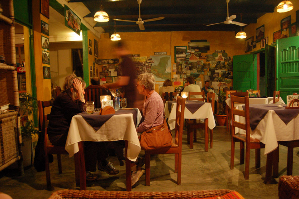 Café Yaxhá is a meeting point for archaeologists, volunteers and plain clothes tourists